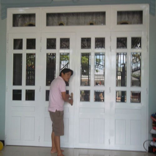 cửa nhôm kính 4 cánh đẹp Ms014