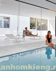 vách kính cường lực hồ bơi và phòng ngủ cực xịn